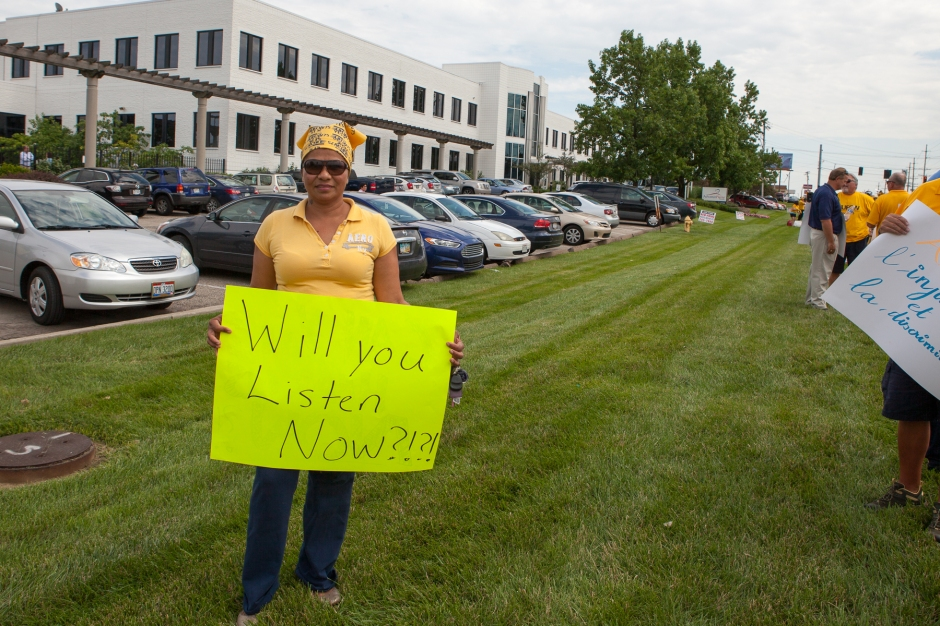 Sonia Guzman, employee of AdvancePierre, asks to be heard. Photo: Mike Brown, C4AD.